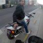 Detienen al motochorro que filmó un turista en 2014 por golpear a su mujer en la calle