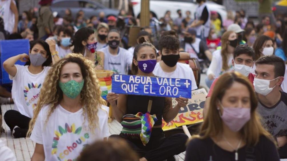 """24S: jóvenes se movilizan en todo el país para reclamar medidas """"urgentes"""" contra el cambio climático"""