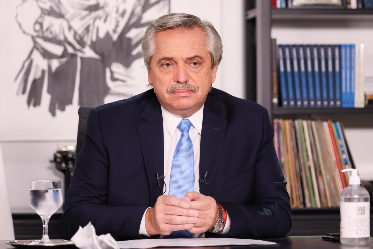 El Presidente anunció los nuevos ministros: Manzur, Jefe de Gabinete y Aníbal Fernández a Seguridad