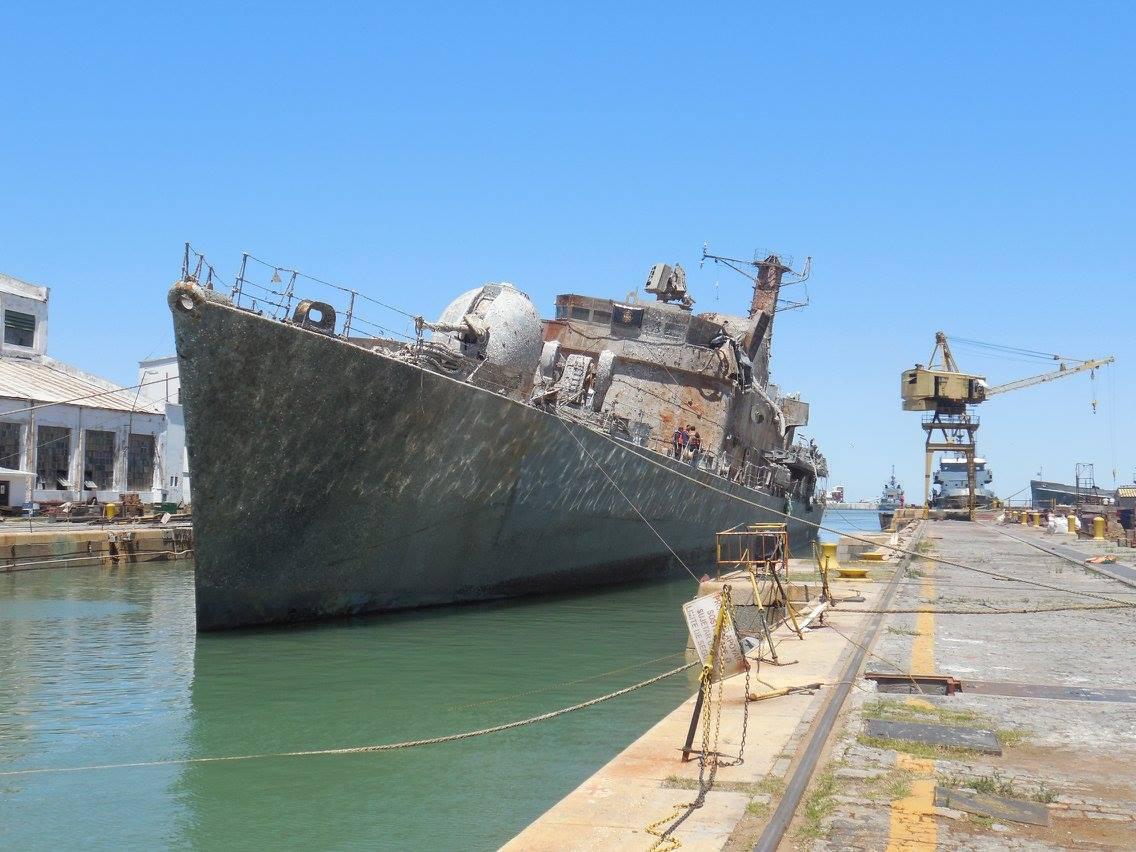 Suspenden la venta como chatarra de buque que participó en Malvinas