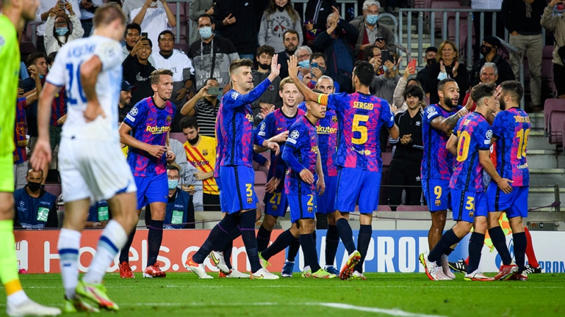 Barcelona, con Agüero en el complemento, venció al Dinamo de Kiev
