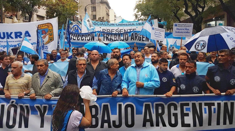 La CGT, con acto propio: moviliza por el Día de la Lealtad junto a organizaciones sociales con apoyos al Gobierno